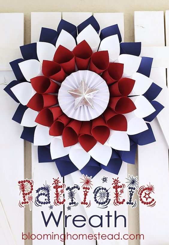 15 Patriotic Wreaths for The 4th of July