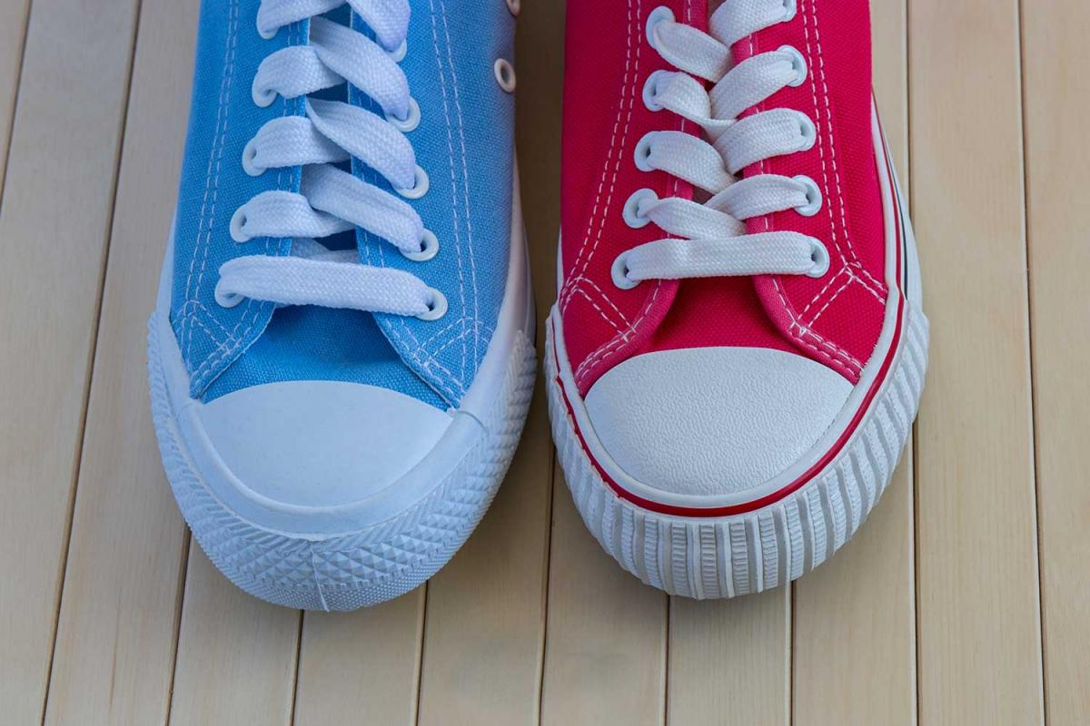 National Two Different Colored Shoes Day®