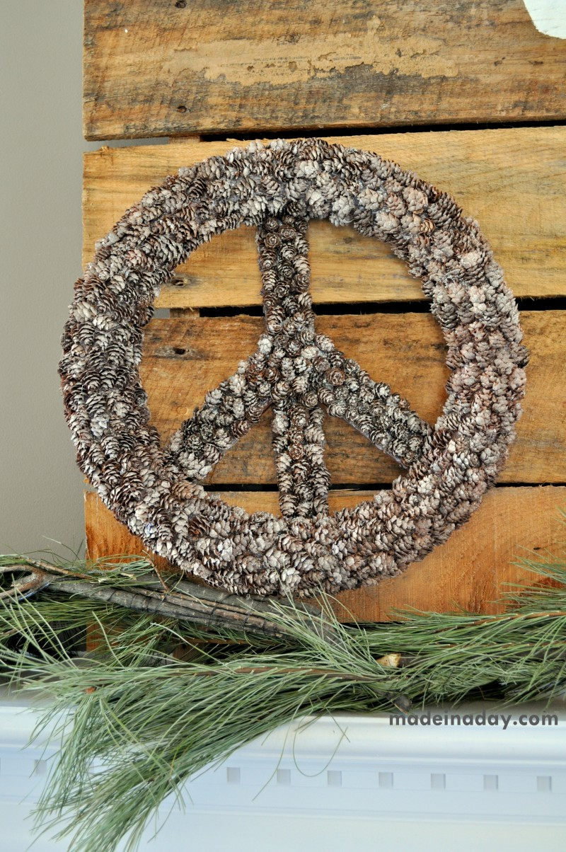 30 Beautiful DIY Christmas Wreaths
