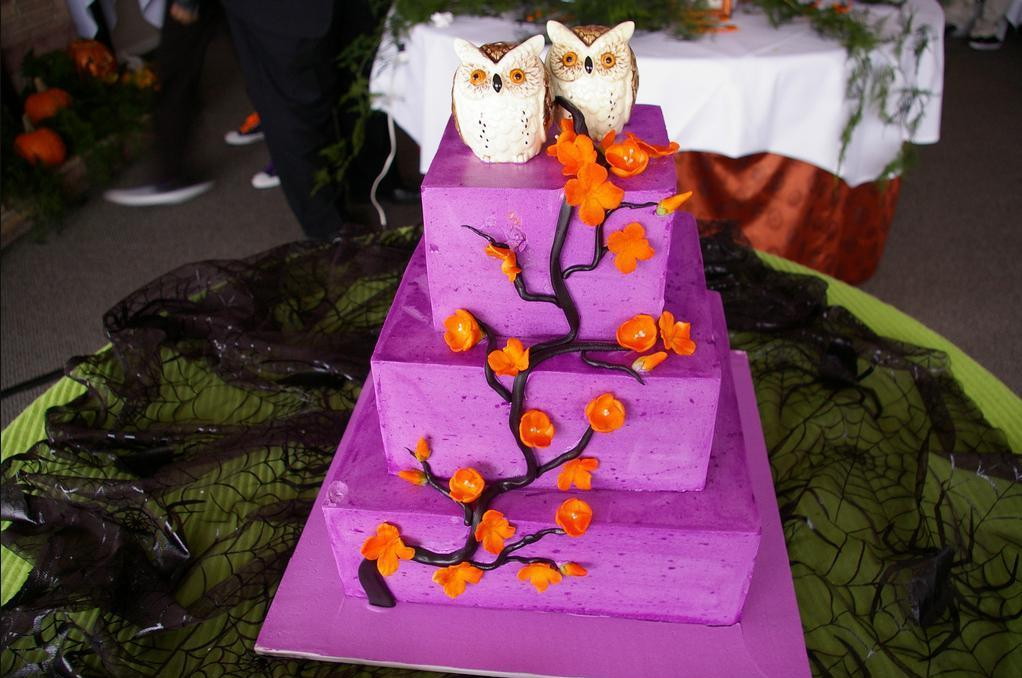 61 Spooky Halloween Wedding Ideas Holiday Smart