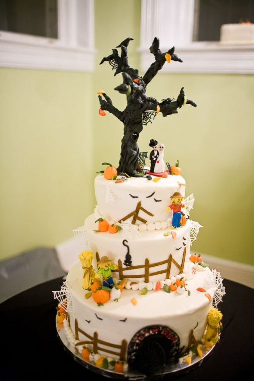 61 Spooky Halloween Wedding Ideas | HolidaySmart