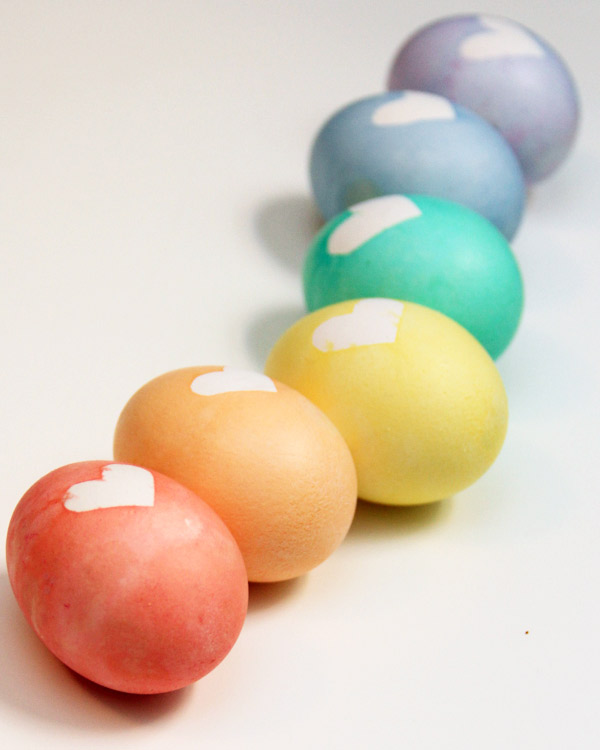 12 Amazing Dyed Easter Eggs