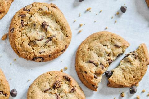 7 Baking Tips for the Perfect Chocolate Chip Cookie Day Cookie